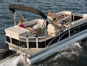 Bennington Rental Pontoon Boat in the Hamptons and the North Fork of Long Island New York